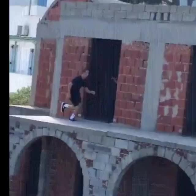Watch this parkour GIF by originalClown (@originalclown) on Gfycat. Discover more parkour, stabilised GIFs on Gfycat