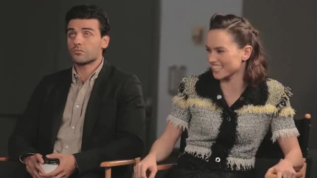 Watch this daisy ridley GIF by @daisyridley on Gfycat. Discover more daisy ridley, daisyridley, oscar isaac, rey, starwars GIFs on Gfycat