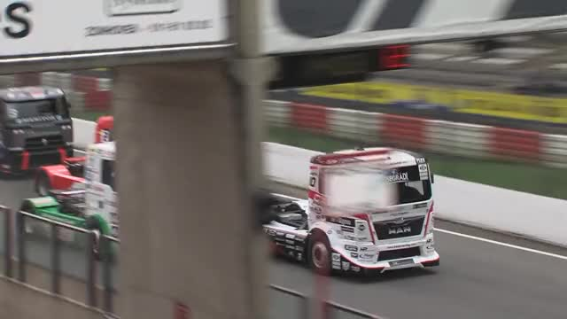 Watch and share Lkw Rennen GIFs and Truck Race GIFs by coketastesgood39 on Gfycat