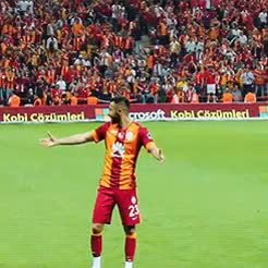 Watch and share Miraç Kaan Öztekin GIFs and Fernando Muslera GIFs on Gfycat