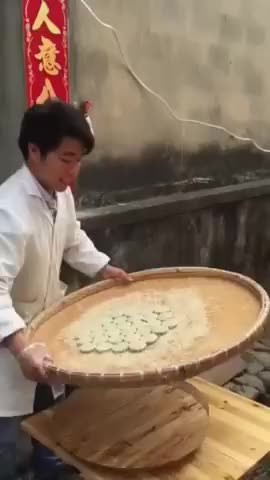 Watch and share Chinese Street Food Maker GIFs by Microcosmos on Gfycat