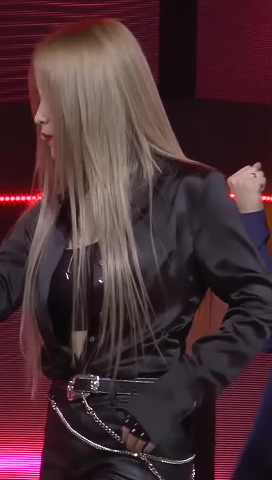 Watch Red Velvet - Yeri 4 GIF by Dang_itt (@dang) on Gfycat. Discover more related GIFs on Gfycat