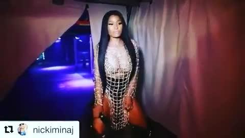 Nicki Minaj GIFs