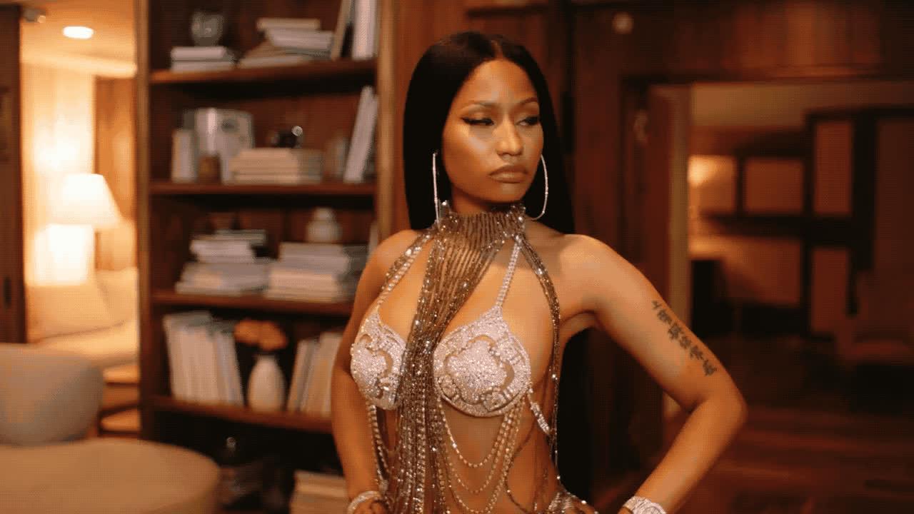 Nicki Minaj, confidence, feeling myself, flirt, kiss, you da baddest, Nicki Minaj Kiss GIFs