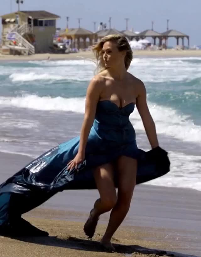 Watch and share Bar Refaeli GIFs and Dress GIFs by Geez Dude on Gfycat