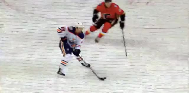 Watch Benson passes to Vesel GIF by @cultofhockey on Gfycat. Discover more hockey GIFs on Gfycat