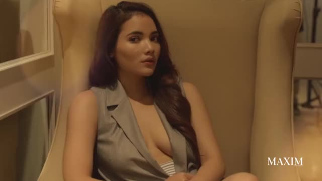 MAXIM Indonesia - Dinda Mauldina (Teaser Video)