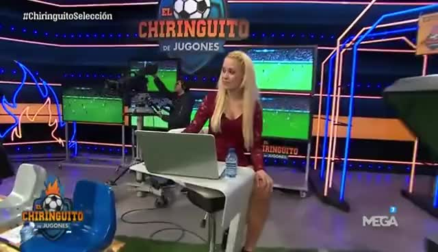 Watch El nuevo Mannequin Challenge de El Chiringuito GIF on Gfycat. Discover more related GIFs on Gfycat