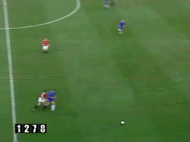 Watch and share 116 Solskjaer GIFs by mu_goals_2 on Gfycat