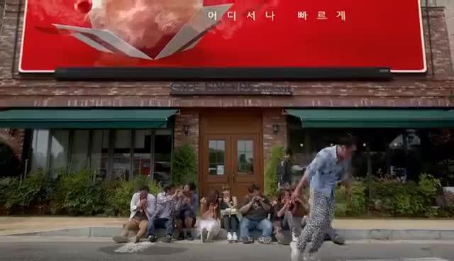 Watch and share 클립행 With 성소 (우주소녀) GIFs on Gfycat