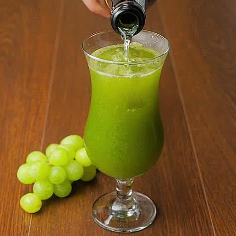 AlcoholGifRecipes, vegangifrecipes, White Grape & Basil Bellini GIFs
