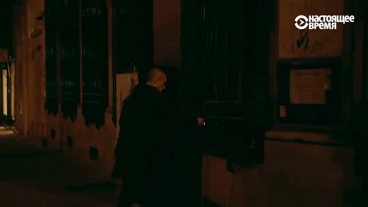 federer, lovecraft, portugal, Зачем Павленский поджёг Банк Франции | НОВОСТИ GIFs