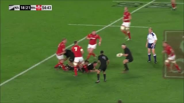 Watch and share Dan Biggar GIFs and Rugbyunion GIFs by allnightdwight on Gfycat