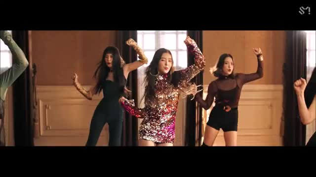 Watch and share Redvelvet 12 GIFs by gumner on Gfycat