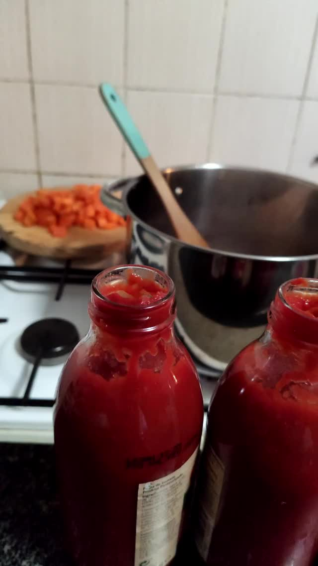 Watch and share Bolognese Sauce Also Said Ragù. GIFs by IcookHowIWant on Gfycat