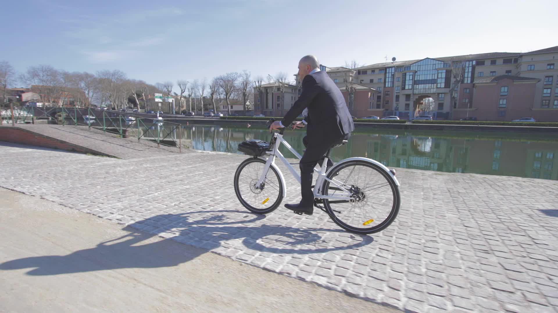 ThirtyOneBikes le vélo Hybrid GIFs