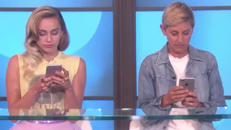 cyrus, dumb, ellen, ellen degeneres, funny, gif brewery, miley, miley cyrus, photo, pose, pretty, selfie, Ellen and Miley GIFs