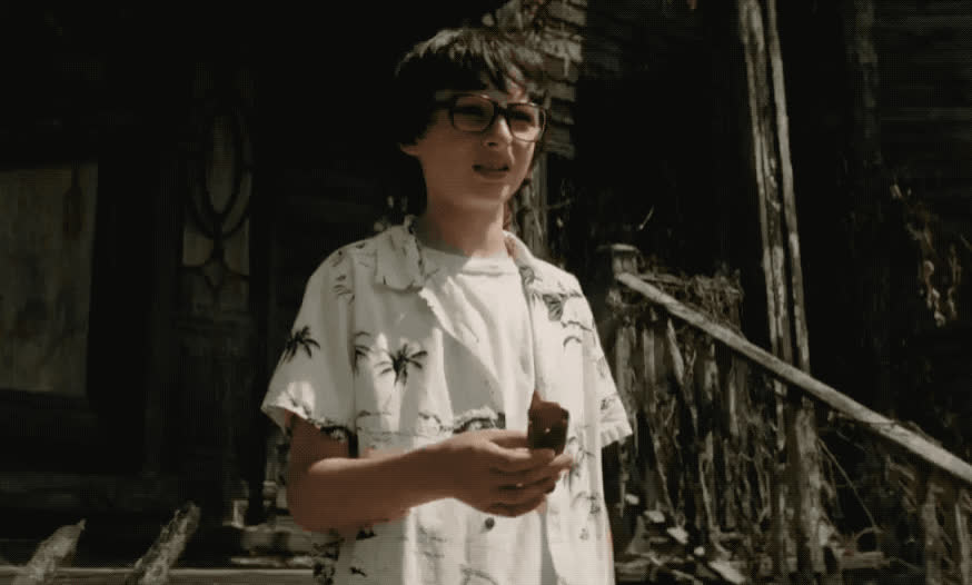 bullies, bully, disappointed, finn, finn wolfhard, glasses, it, movie, nerd, netflix, pff, scared, sigh, stranger, things, wait, waiting, whatever, wolfhard, worry, It - Waiting for bullies GIFs