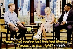 *gifs, ;), alexander skarsgard, alexander skarsgård, askarsedit, interview, live with kelly and michael, mine, something is hidden there alright!, Alexander Skarsgrd on LIVE! with Kelly and Michael (August 7 GIFs