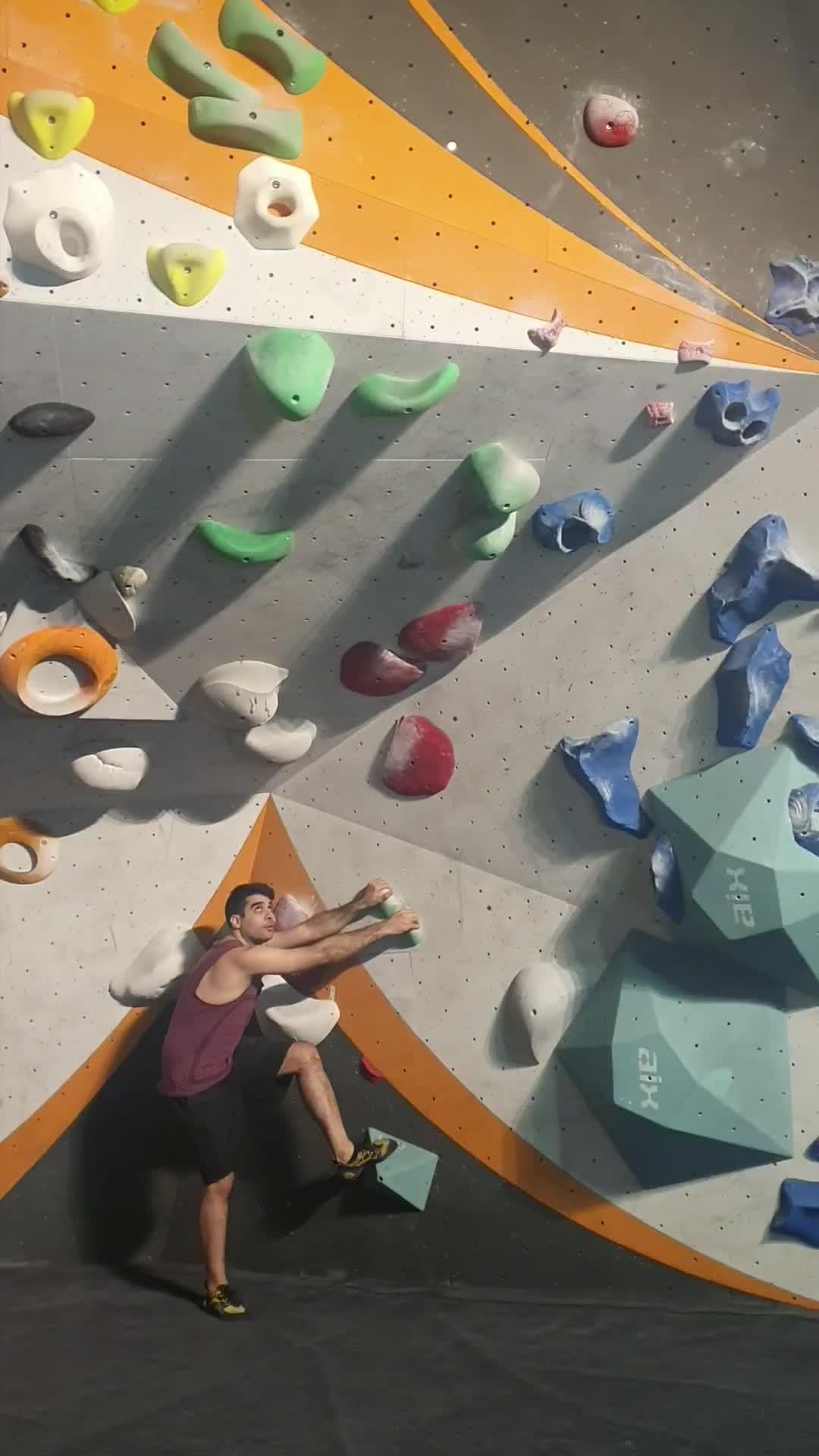 bouldering, rockclimbing, Fun dynamic boulder GIFs