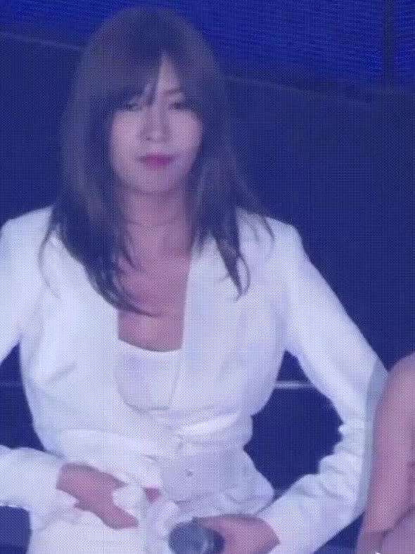 Watch and share Hayoung GIFs and Celebs GIFs by Taelin1738  on Gfycat