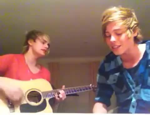 Watch 5SOS GIF on Gfycat. Discover more LukeHemmings GIFs on Gfycat
