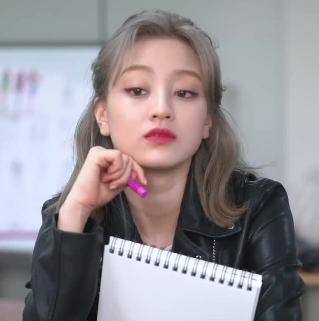 Watch and share Twice Tv GIFs and Jihyo GIFs by Spiegel on Gfycat
