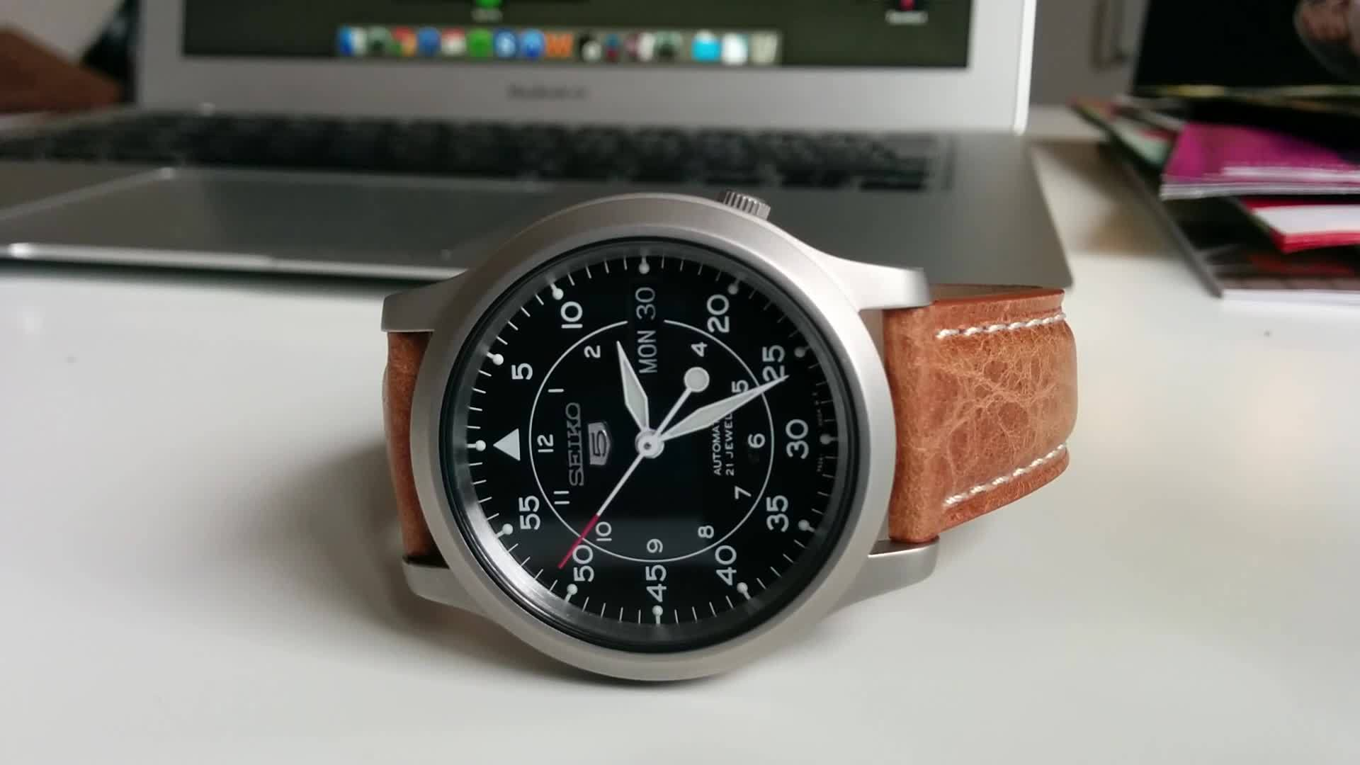 Watches, watches, [Seiko] 5 SNK809 finally came in and i could no be happier. (reddit) GIFs