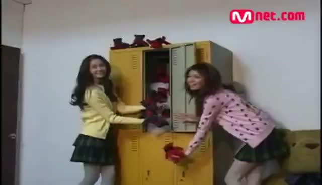Watch SooNa 2007 GIF on Gfycat. Discover more soona, sooyoung, yoona GIFs on Gfycat