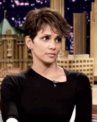 channel60, gif, halle berry, GIF halle berryvia GiphyChannel 60 r GIFs