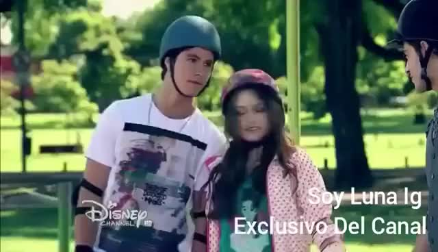 Watch and share Soy Luna -luna Sueña Con Matteo Y Simón GIFs on Gfycat