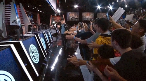 did i post the helios gifs he walks exactly like dyrus, dyrus, lcs seniors, league of legends, look at the difference between the two lmaoooo, my gifs, na s15, someone called dyrus a penguin in the past too that my fav, teamsolomid, they been thru so much, tsm, wildturtle, i should make lcs seniors tag GIFs