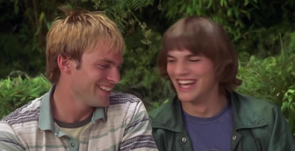ashton kutcher, bromance, bros, dude where's my car, laughing, lol, sean william scott, dude where's my car laugh GIFs