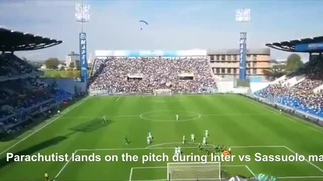 Watch and share Parachutist Lands On The Pitch During Inter Vs Sassuolo Match 20/10/2019 GIFs by zpowdev on Gfycat