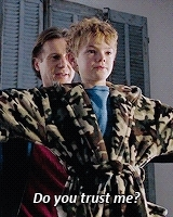 *, and look how adorable thomas was, gif, i love this movie, liam neeson, love actually, movies, thomas brodie-sangster, thomas sangster, love actually (2003) GIFs