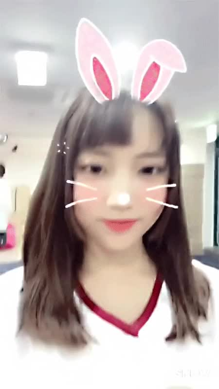 Watch and share Jooeun GIFs and Dia GIFs by dar2 on Gfycat