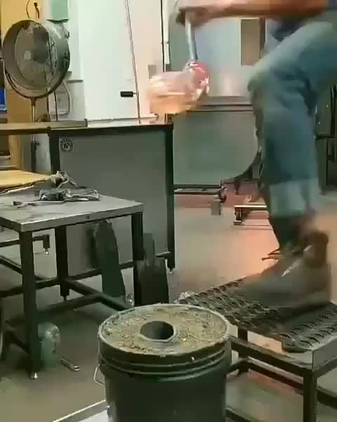 glasswork, Cooling glass GIFs