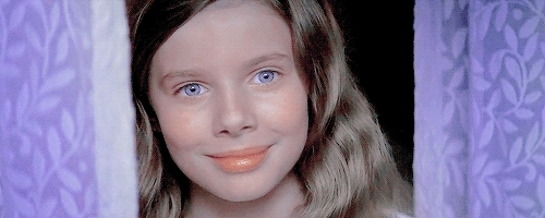 *, 1k, Jeremy Sumpter, Peter Pan, Rachel Hurd Wood, and i turned her eyes purple whaaaat????, i love the first gif but the second one is too short ugh, idek, mine, palpattine, peterpanedit, whatever, alright alright alright GIFs