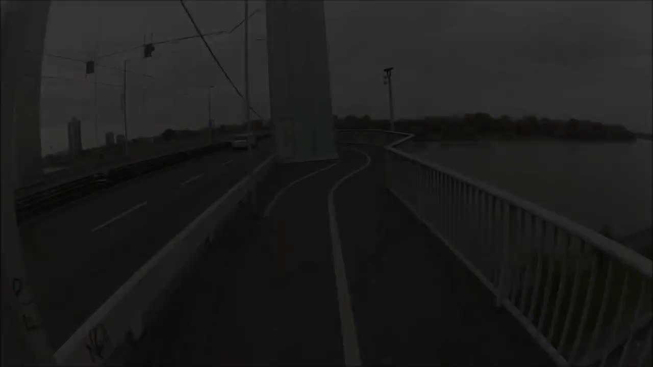 1080p, Frau, Unfall, epic, fahrrad, fail, falschfahren, geisterfahrer, lol, GEISTERFAHRER GIFs