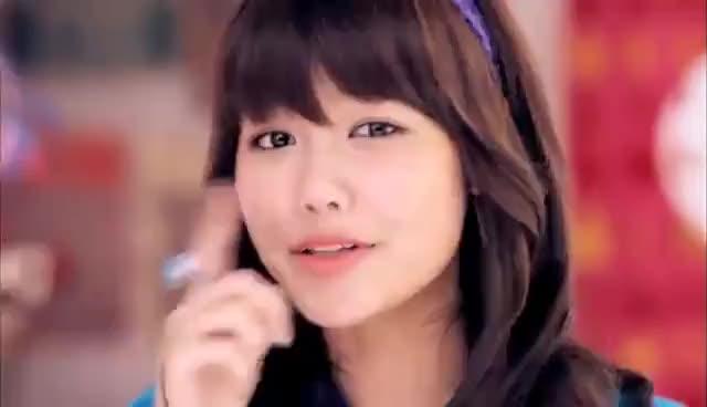 Watch and share 少女時代 GIFs on Gfycat