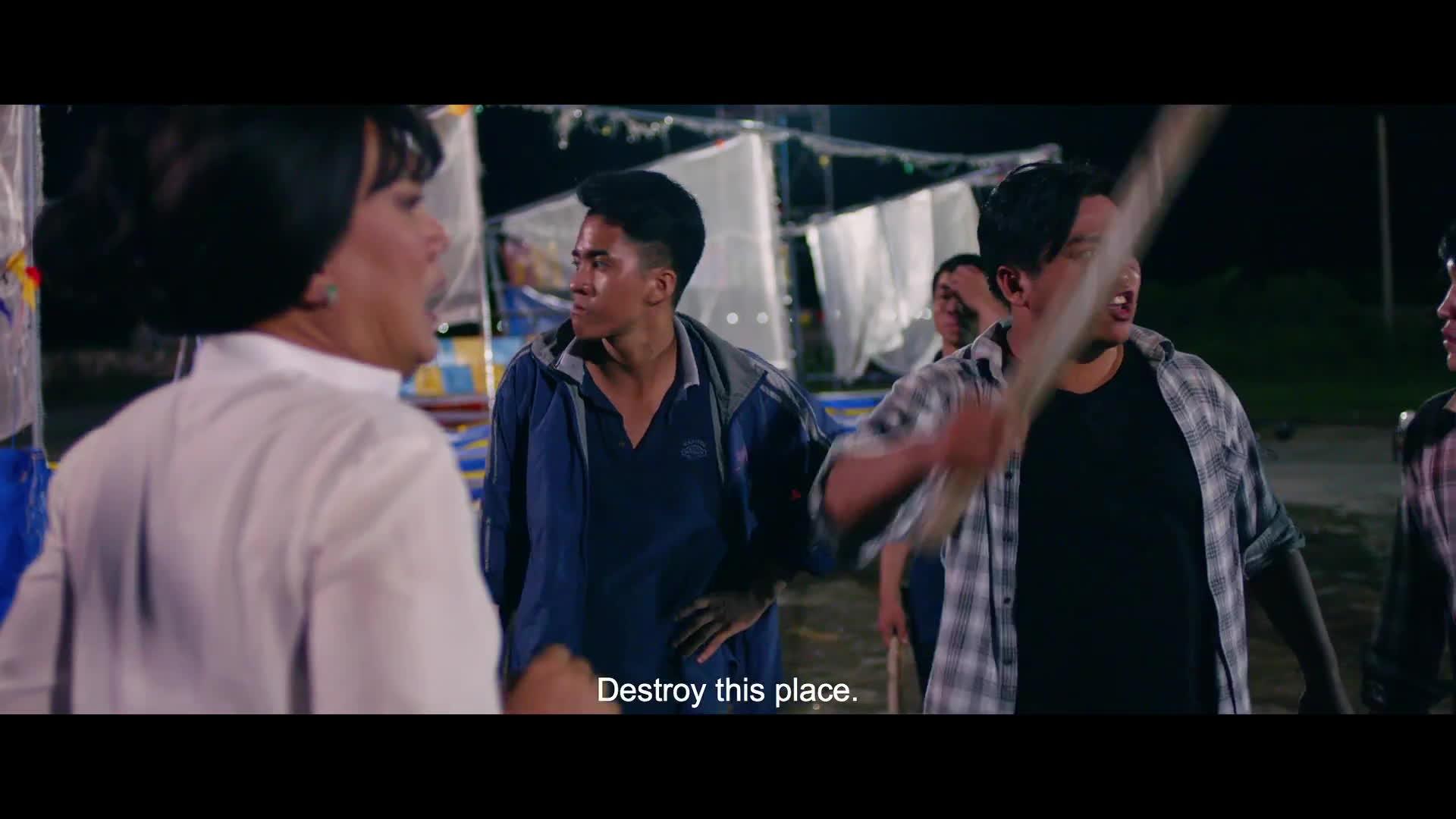 Trailer Lô tô: Xúc động với cảnh Hữu Châu bất lực, gào khóc khi con gái bị hãm hiếp