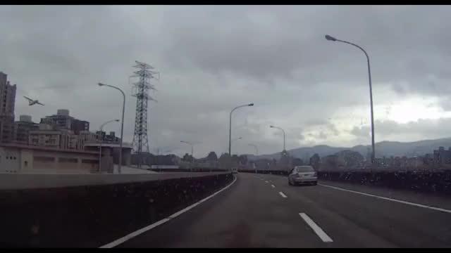 Watch and share ✈TransAsia Airways Plane Crash GE 235 2 GIFs by da_king_in_da_norf on Gfycat