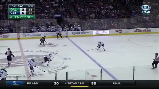 Watch and share Brokengifs GIFs and Hockey GIFs by teivospy on Gfycat