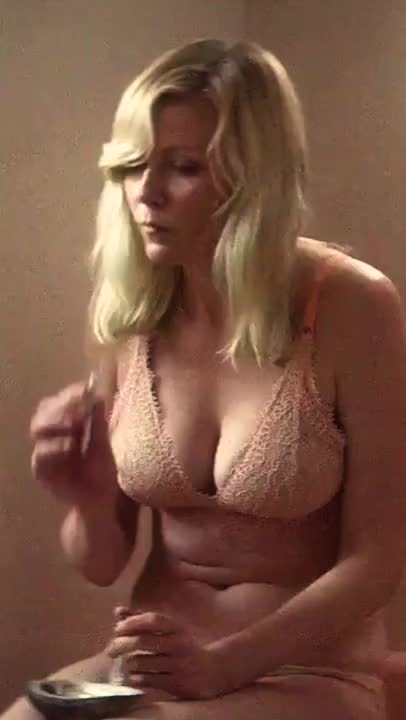 Kirsten Dunst smoking a Joint in her undies (Woodshock)