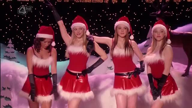 lacey Chabert, Rachel McAdams, Lindsay Lohan and Amanda Seyfried in Mean Gals