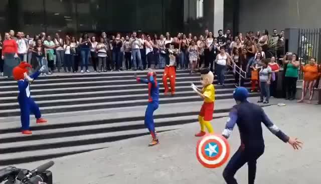 Watch and share Spiderman Bailando Cumbia HD GIFs on Gfycat