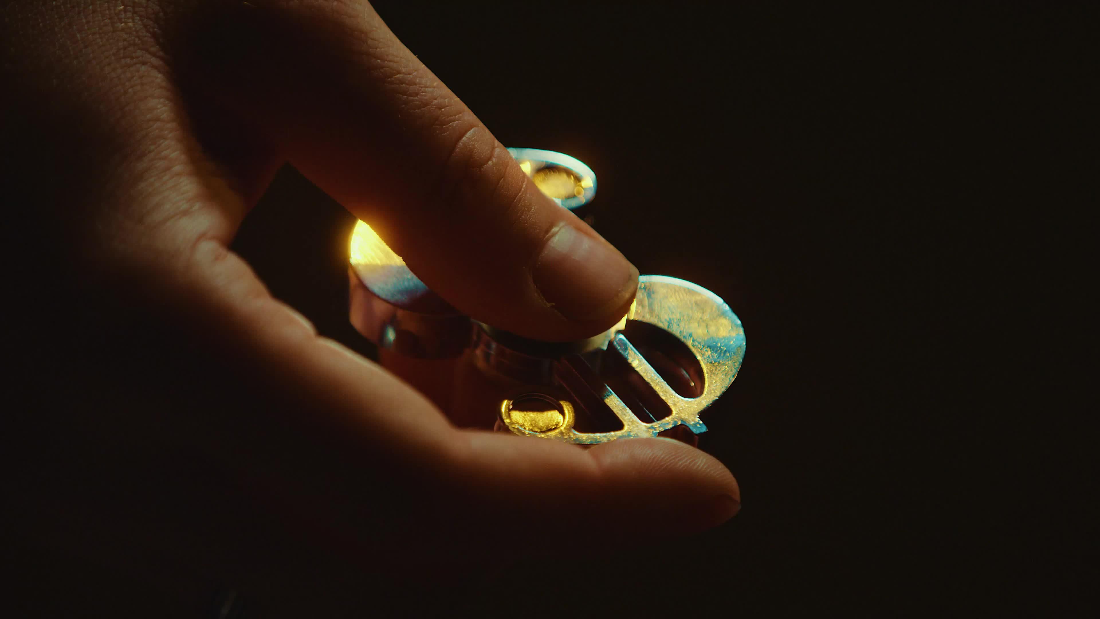 bts, fidget, fidget spinner, how to, irl, movie, real, real life, real-life, spinner, ANIME FIDGET SPINNERS GIFs