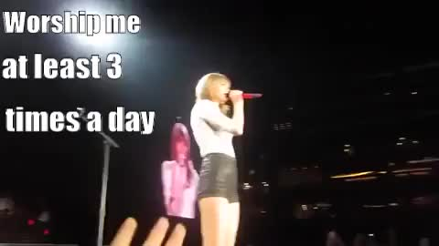 Watch ypZ-5e GIF by Taylor Swift Fan (@taylorswiftfan13) on Gfycat. Discover more related GIFs on Gfycat
