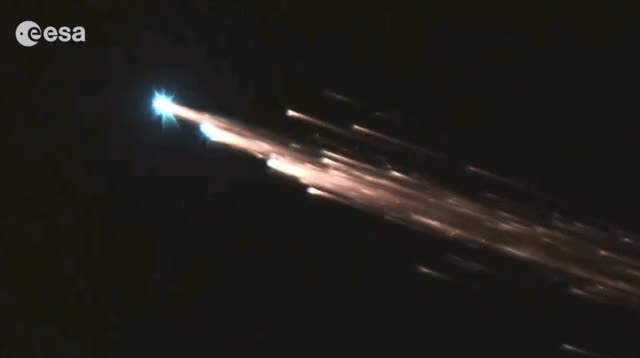 Watch atv-1-jules-verne-atmospheric-reentry-fireball-breakup-esa.gif GIF by Dave Mosher (@davemosher) on Gfycat. Discover more atmospheric reentry, atv, esa, fireball, jules verne, july 2015 GIFs on Gfycat