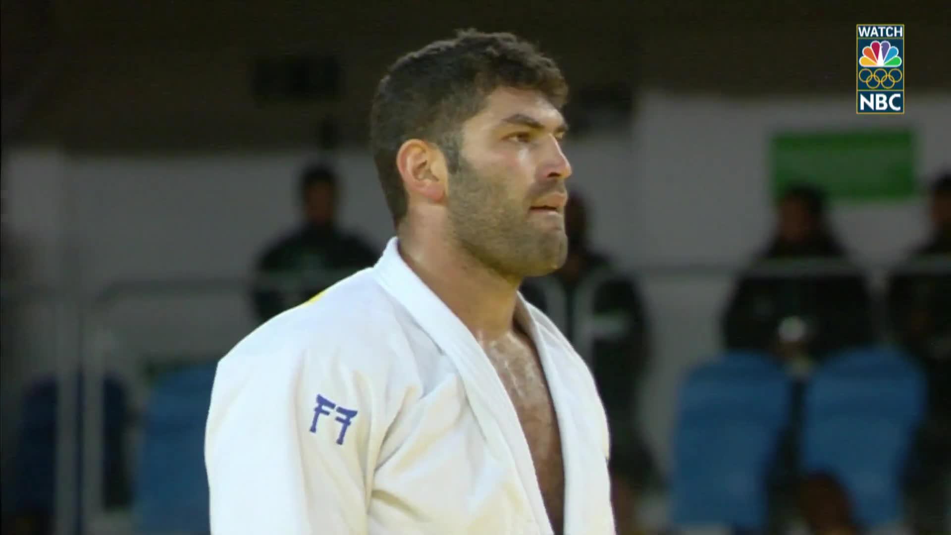 israel, nbc olympics: rio 2016, olymgifs, Egyptian judoka loses to Israeli, refuses to shake hands GIFs